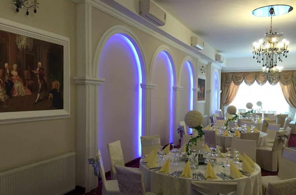 restaurant casa adam events