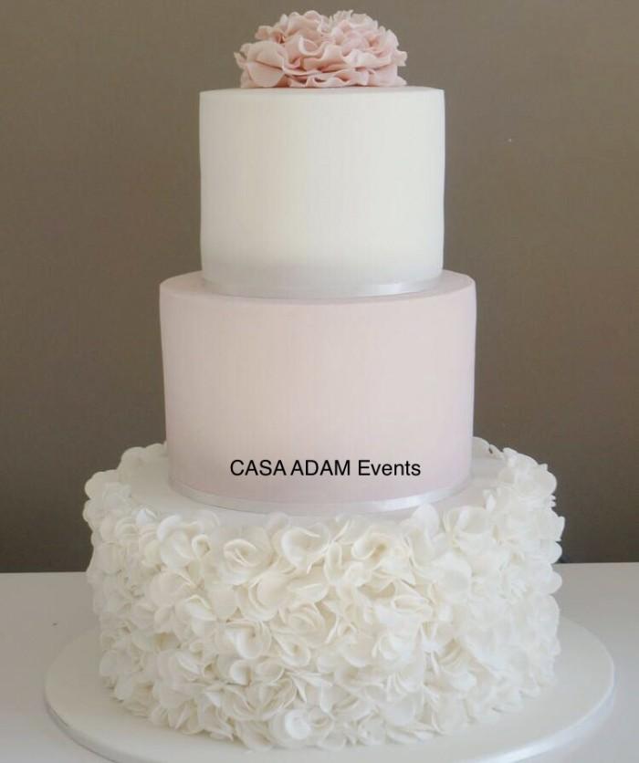 Model tort nunta botez